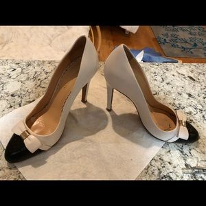 520b66cd723c Mulberry Shoes - Mulberry Patent Leather Bow Pumps